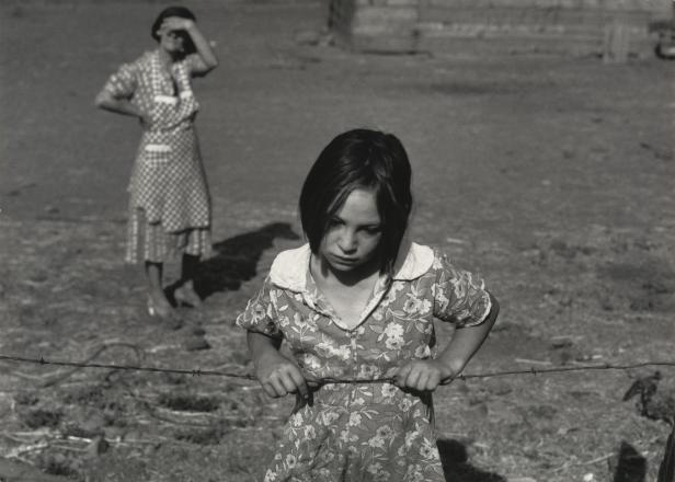 Dorothea Lange - Child and Her Mother, Wapato, Yakima Valley, Washington