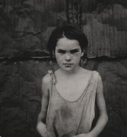 Dorothea Lange - Damaged Child, Shacktown, Elm Grove, Oklahoma
