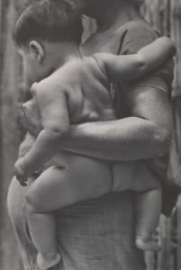Tina Modotti - Mother and Child, Tehuantepec, Oaxaca, Mexico